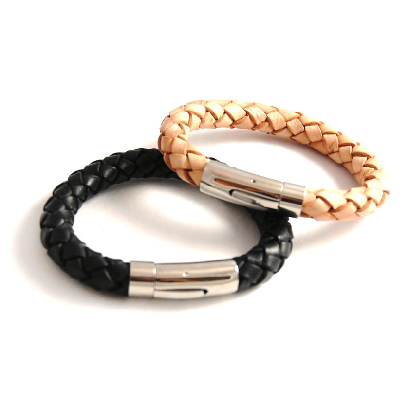 do pandora leather bracelets come in different sizes